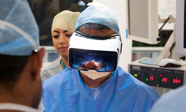 Surgeon with VR headset